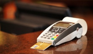 cartao-credito-maquina1468935159